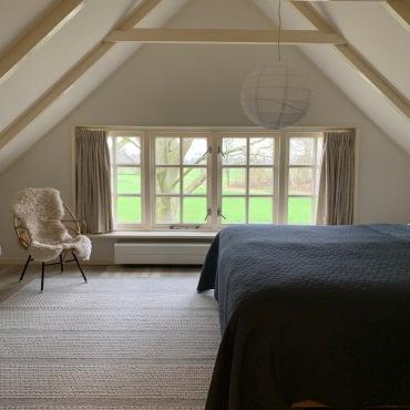Slaapkamer met Auping bed 1.80 x 2.10